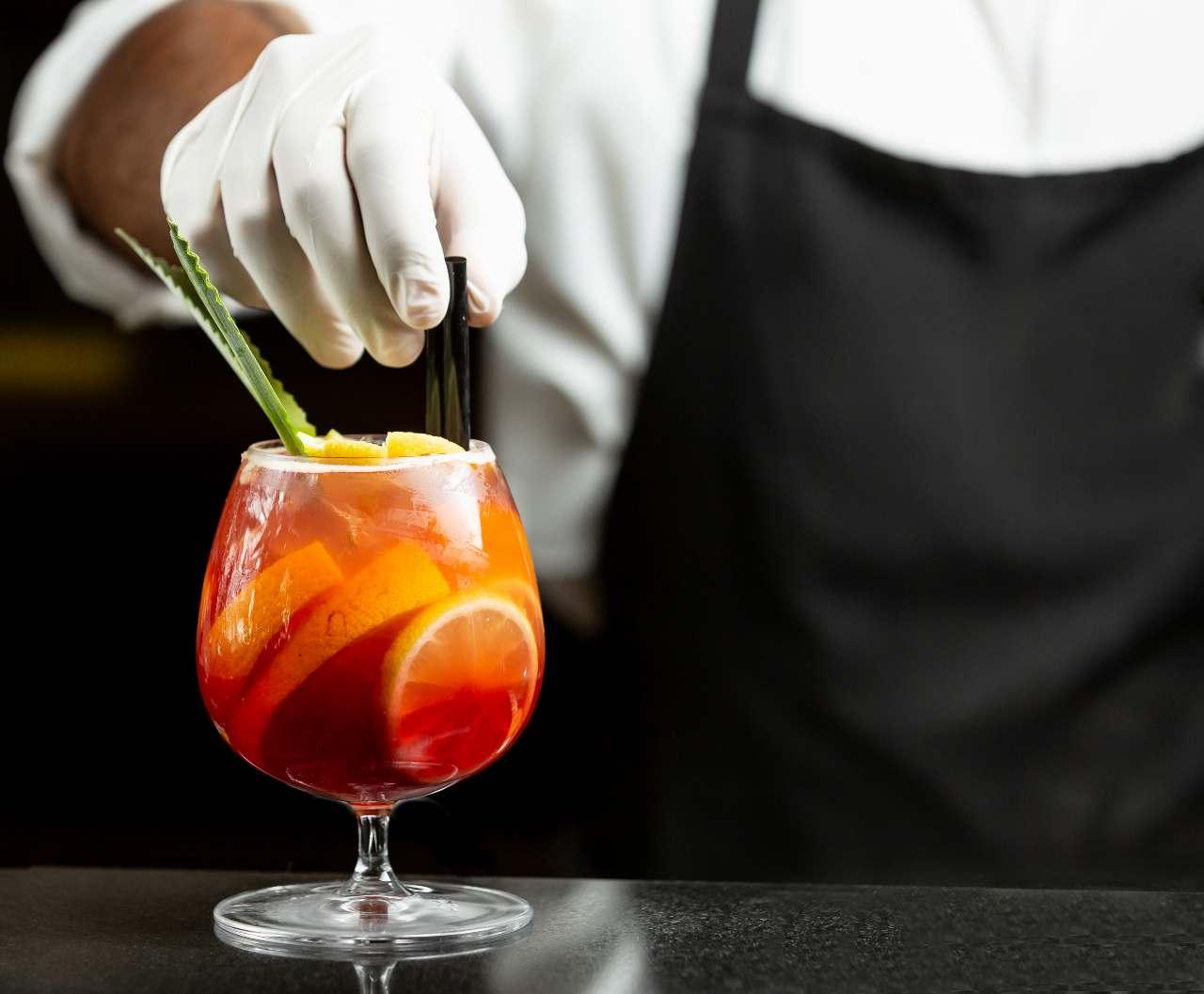 Prepare and Serve Cocktail
